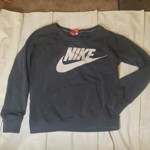 Gray Nike Sweatshirt